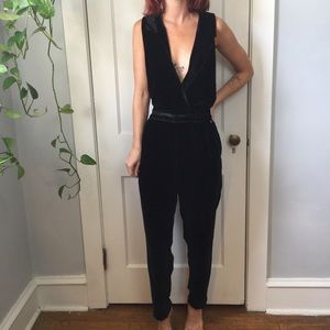 NWT Harlyn Black Velvet Sleeveless Pants Jumpsuit